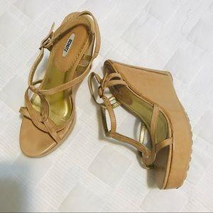 High heels leather sandal